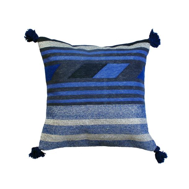 flip blue cushion